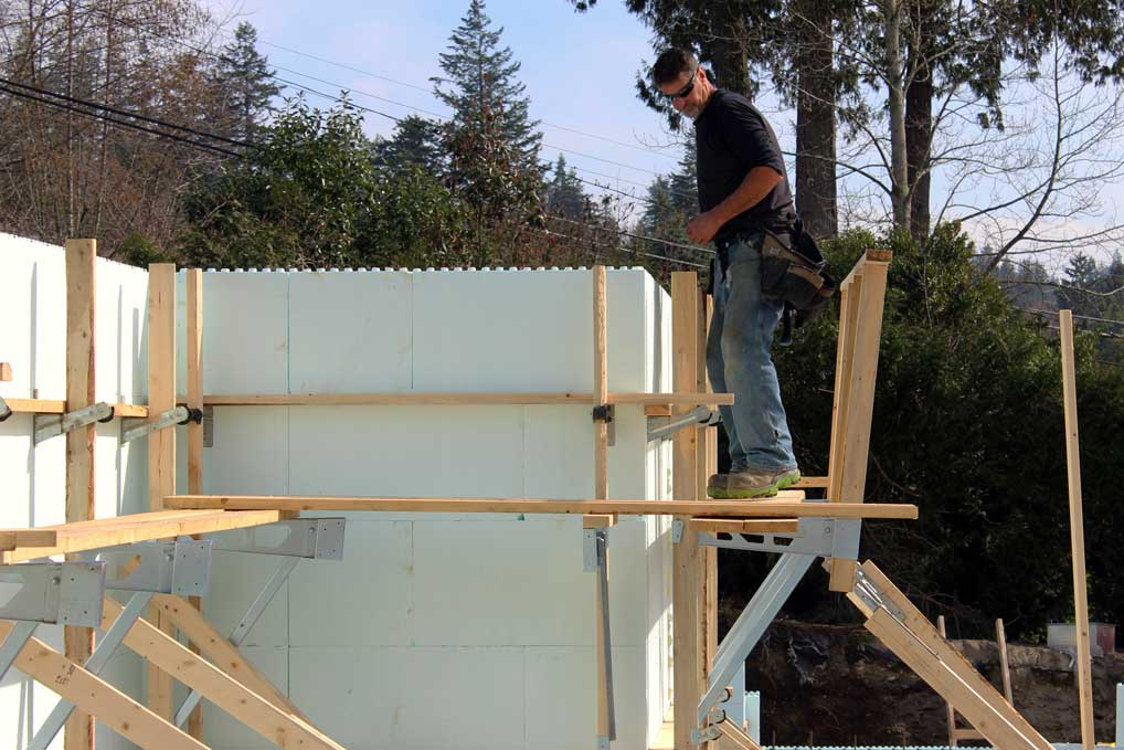 pitchedHandrail - Foundation